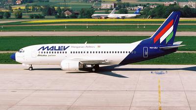 HA-LEJ - Boeing 737-3Q8 - Malév Hungarian Airlines