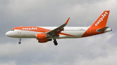 G-EZOT - Airbus A320-214 - easyJet