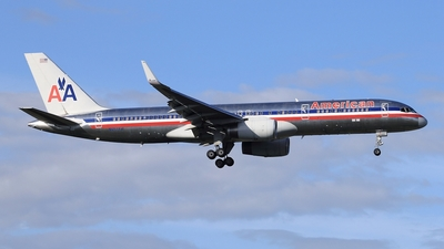 N657AM - Boeing 757-223 - American Airlines