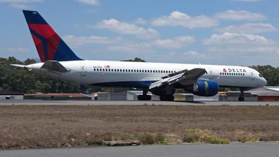 N617DL - Boeing 757-232 - Delta Air Lines