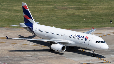 A picture of LVBSJ - Airbus A320233 - LATAM Airlines - © Mariela Camerano
