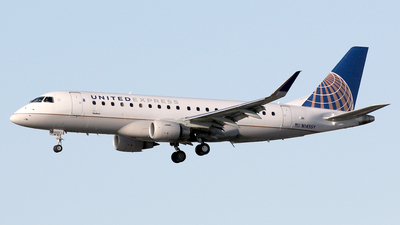 N145SY - Embraer 170-200LR - United Express (SkyWest Airlines)