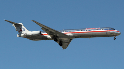 N963TW - McDonnell Douglas MD-83 - American Airlines