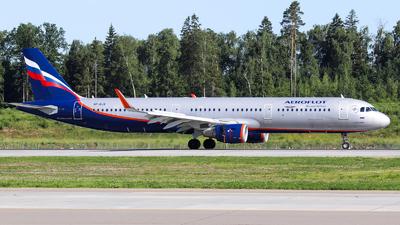 VP-BJX - Airbus A321-211 - Aeroflot
