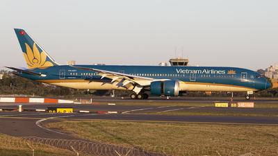 A picture of VNA871 - Boeing 7879 Dreamliner - Vietnam Airlines - © MQ1131