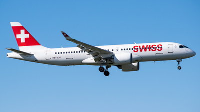 A picture of HBJCG - Airbus A220300 - Swiss - © Wessel van Alphen