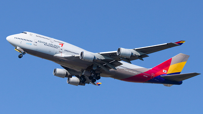 HL7418 - Boeing 747-48E - Asiana Airlines