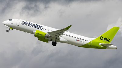 YL-AAW - Airbus A220-371 - Air Baltic