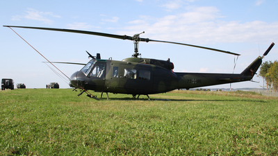 72-86 - Bell UH-1D Iroquois - Germany - Army