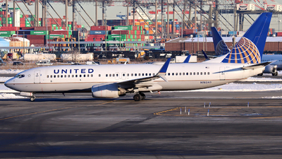 A picture of N18243 - Boeing 737824 - United Airlines - © Xiamen Air 849 Heavy