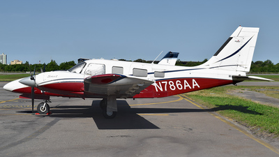 N786AA - Piper PA-34-220T Seneca V - Private