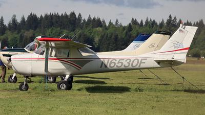 N6530F - Cessna 150F - SIM Flight Center
