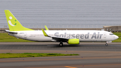 A picture of JA807X - Boeing 73781D - Solaseed Air - © Kinmei