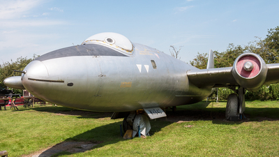 WH840 - English Electric Canberra T.4 - United Kingdom - Royal Air Force (RAF)