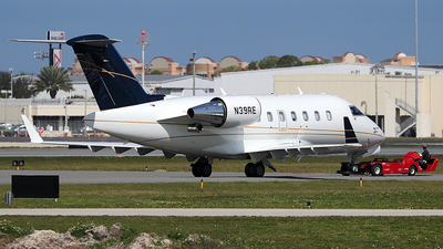 N39RE - Bombardier CL-600-2B16 Challenger 601-3R - Private