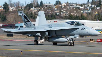 163706 - McDonnell Douglas F-18C Hornet - United States - US Navy (USN)