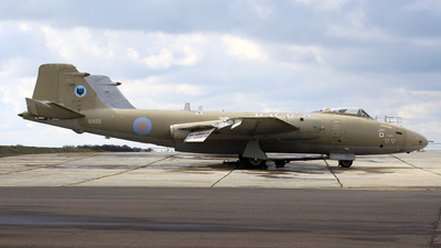 XH135 - English Electric Canberra PR9 - United Kingdom - Royal Air Force (RAF)