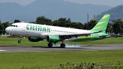 A picture of PKGQQ - Airbus A320214 - Citilink - © Fahmun