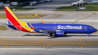N8685B - Boeing 737-8H4 - Southwest Airlines