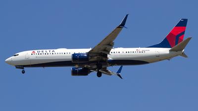 N860DN - Boeing 737-932ER - Delta Air Lines