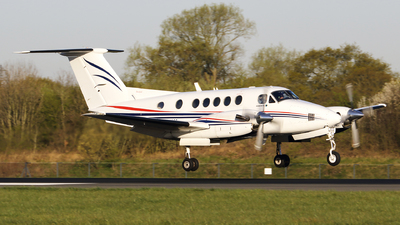 G-FLYW - Beechcraft 200 Super King Air - Fly Wales