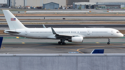N874TW - Boeing 757-223 - United States - Department of Justice (DOJ)