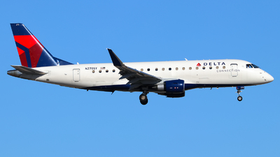 A picture of N270SY - Embraer E175LR - Delta Air Lines - © Lars Rohde