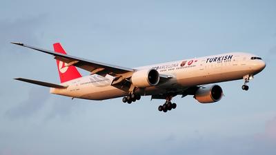TC-JJB - Boeing 777-35RER - Turkish Airlines