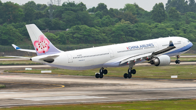 A picture of B18355 - Airbus A330302 - China Airlines - © leohuang