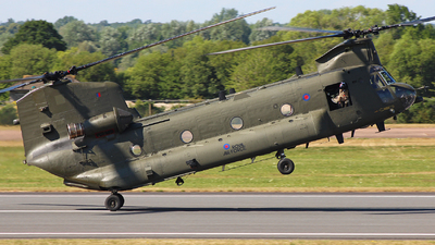 ZA674 - Boeing Chinook HC.2 - United Kingdom - Royal Air Force (RAF)