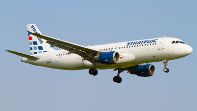 LX-STA - Airbus A320-212 - Strategic Airlines Luxembourg