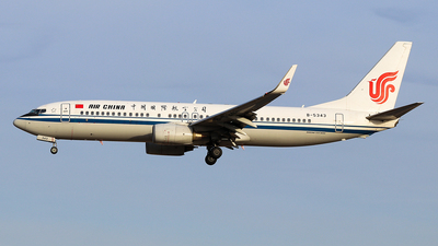 A picture of B5343 - Boeing 73789L - Air China - © Jerry.H