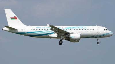 556 - Airbus A320-214(CJ) Prestige - Oman - Royal Air Force