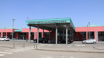 LIRZ - Airport - Terminal