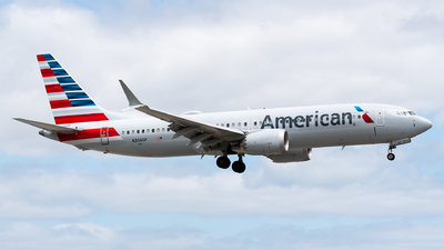 A picture of N306SP - Boeing 737 MAX 8 - American Airlines - © Evan Dougherty