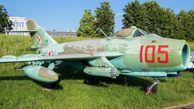 105 - PZL-Mielec Lim-6R  - Poland - Air Force