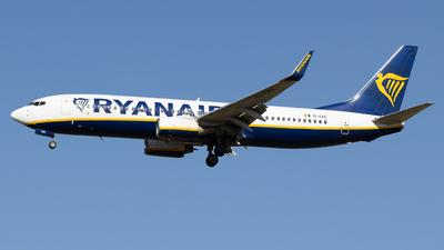 A picture of EIEKE - Boeing 7378AS - Ryanair - © Pierre Pm