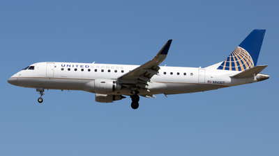 A picture of N84307 - Embraer E175LR - United Airlines - © Ethan M