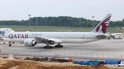 A picture of A7BEB - Boeing 7773DZ(ER) - Qatar Airways - © Peter Bakema