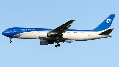 4X-ISR - Boeing 767-338(ER) - Israel - Government