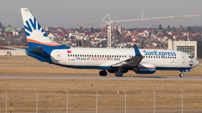 A picture of TCSOR - Boeing 7378AS - SunExpress - © Niklas Engel
