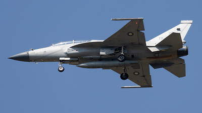 19-606 - Chengdu JF-17B Thunder - Pakistan - Air Force