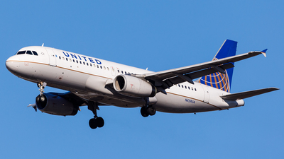 N459UA - Airbus A320-232 - United Airlines