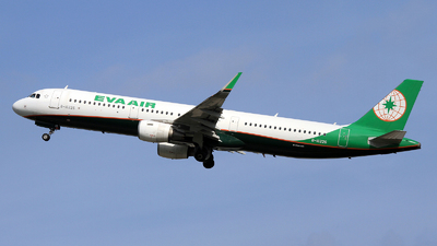 A picture of B16226 - Airbus A321211 - EVA Air - © Duc Thinh