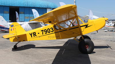 YR-7903 - Zlin Savage Cub - Private