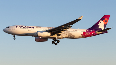 A picture of N360HA - Airbus A330243 - Hawaiian Airlines - © Felipe Garcia