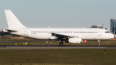 LY-NVV - Airbus A320-232 - Avion Express