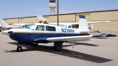 N210RH - Mooney M20J - Private