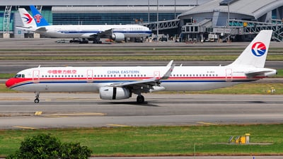 B-1813 - Airbus A321-231 - China Eastern Airlines