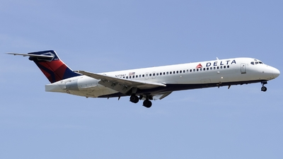 N979AT - Boeing 717-2BD - Delta Air Lines